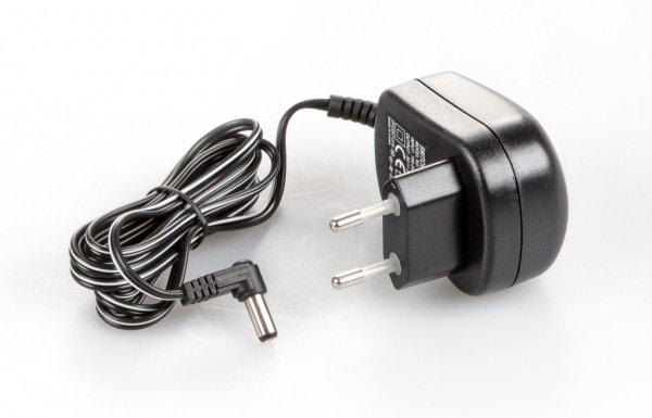 KERN Verkkovirta-adapteri 440–902